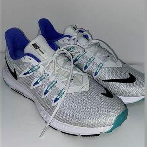 Women's Nike Quest Running Shoes 7.5